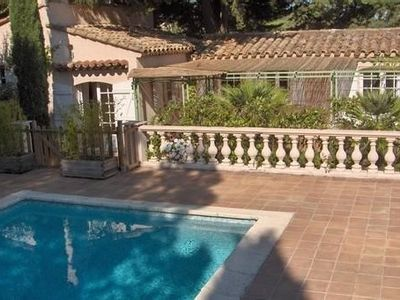 Quiet and charming at the heart of the peninsula of Saint-Tropez