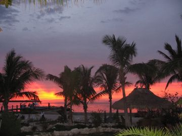 Key Largo cottage rental - Island Breeze Sunset