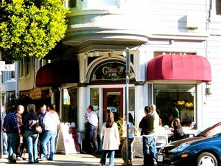 Chloe's - a popular brunch spot - San Francisco apartment vacation rental photo