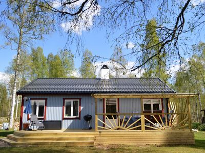 Delightful renovated cottage offers attractive and  comfortable accommodation