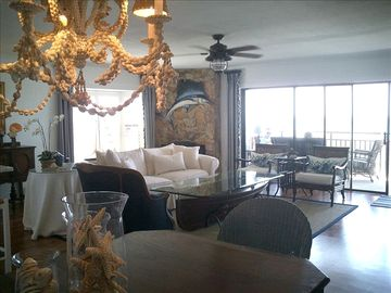 Family Room over looking Gulf of Mexico