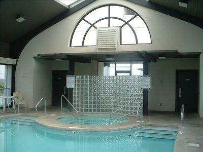 Indoor pool, hot tub and exercise facilities ...