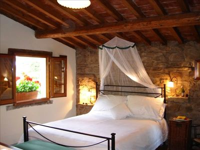 La Veduta's Romantic Bedroom