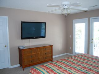 Surfside Beach house photo - Upstairs Bedroom with King Bed