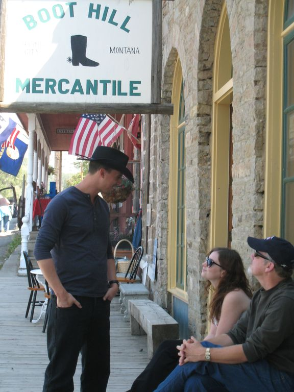 Fun shopping in Virginia City! Summer vacation.