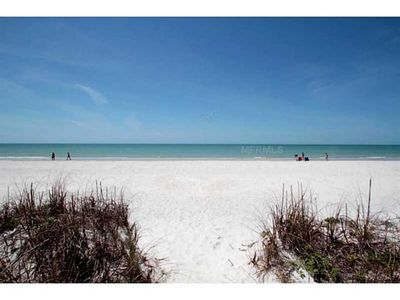 Affordable & Awesome Beach Stay - Great Rates