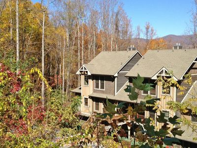 North Carolina Leaf Season at Rich Mountain Condo located in Bear Lake Reserve.