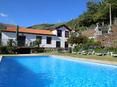 Luxury secluded villa, splendid views, pool, play area, games, cinema, big group