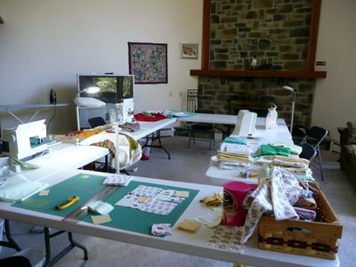 Host your quilt, scrap booking, or art retreat here.