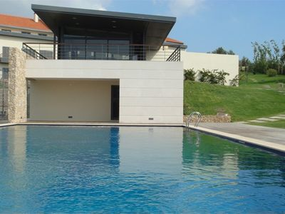 Cascais apartment rental - Pool with bar, gym, sauna and steam room behind