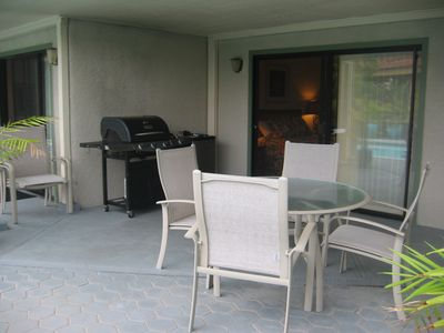Lower level patio with barbeque