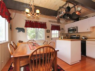 Big Bear Lake cabin photo - Kitchen/dining room