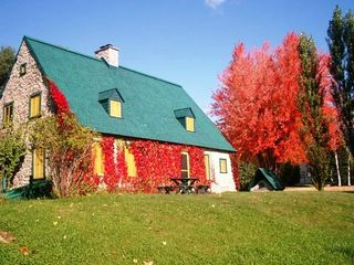 Quebec City house photo - Fall colors