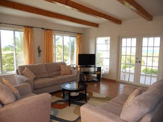Great Exuma villa photo - Living Room