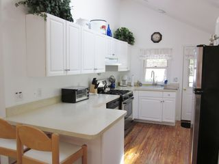 New Seabury cottage photo - Kitchen