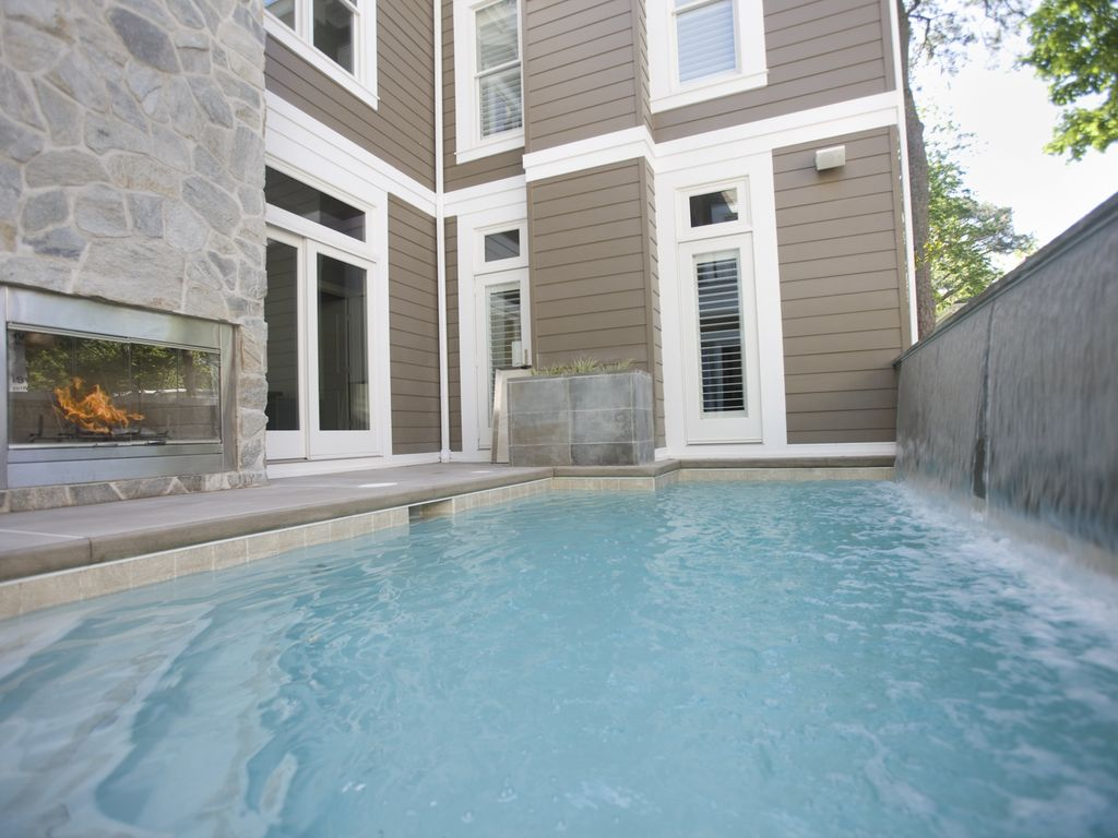 Heated in ground pool luxurious home homeaway for Outdoor elevators for beach houses