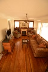 Long Beach bungalow photo - Beautifully Furnished with Comfy Seating and Charming Antiques--15 Windows!