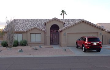 Sun Lakes house rental - 2000+sf Home on Corner Lot. 10 minute walk to heated community pool & spa, Golf Course Pro Shop, Club House. Walking path begins next to the home
