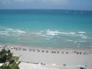 Hollywood Beach condo photo - ocean