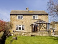 ORCHARD COTTAGE, pet friendly in Carlton-In-Coverdale, Ref 1737