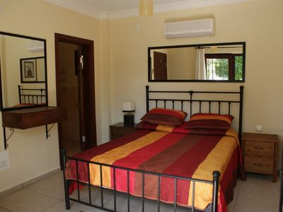 Ground floor double room with en-suit shower room