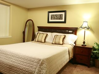 Salt Lake City house photo - Bedroom 4 (1 Queen)