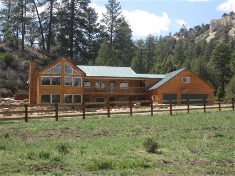 WOW! Beautiful Mtn. Home on Private Ranch.... - VRBO