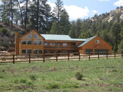 Wow beautiful mtn home on private ranch vrbo for Bryce canyon cabin rentals