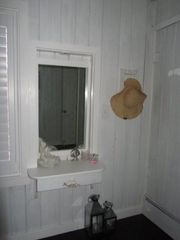 Siesta Key cottage photo - Vanity in Bedroom