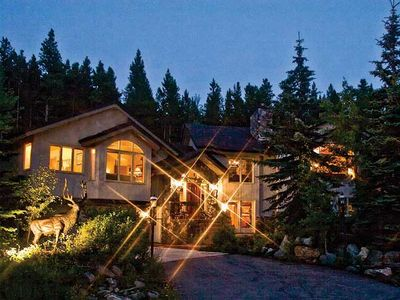 6 BDRM/6.5 BA 5000 SF LUXURY SKI IN SKI OUT HOME CLOSE TO TOWN W AWESOME VIEWS!