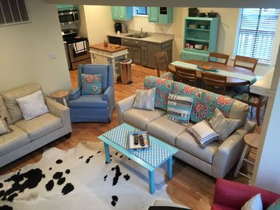 Home VB Oceanfront: sleeps 10  walk to convention center, oceanfront, stores