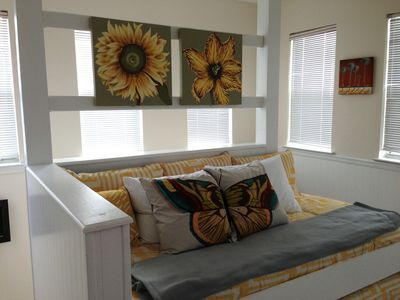 Enjoy the view from 3rd floor tower w/new daybed & flatscreen and private A/C.