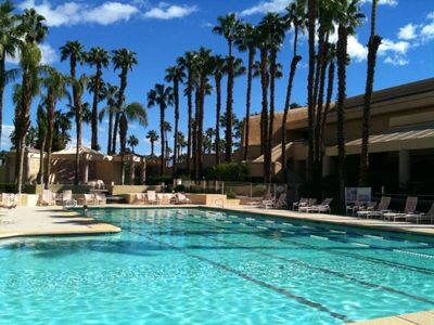 ClubHouse Pool/Hot Tub, Fitness Center, classes, ,Bar/Restaurants