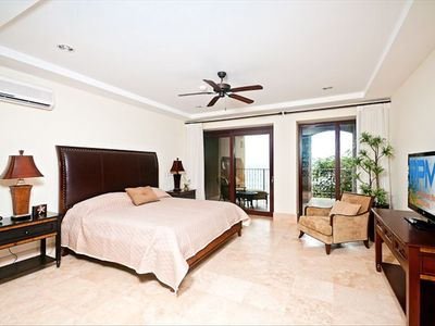 master bedroom (king bed) - direct deck access overlooking the Pacific Ocean
