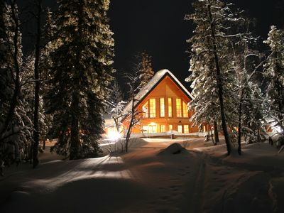2 block house villas in western Lapland, dreamlike location directly by the lake