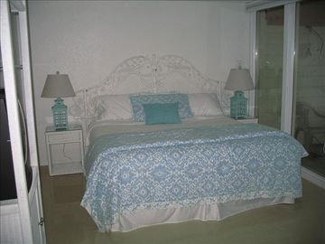 Brand New Pillowtop King Size Bed in Master Bedroom