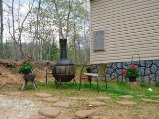 Bryson City cabin photo - Fire pit. Chiminea