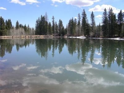 Within 5 minute walk, Beautiful Aspen Mirror Lake