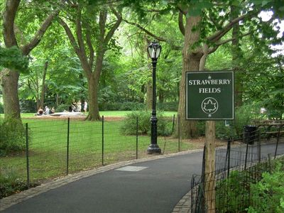 Central Park-Strawberry Fields