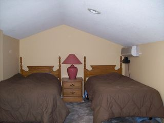Ossipee Lake townhome photo - Loft