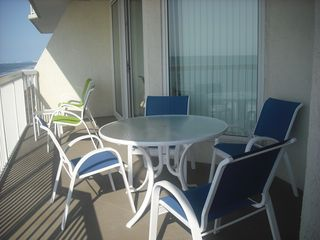 Cherry Grove Beach condo photo - Love that big baclony!