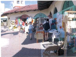 Grand Bahama Island condo photo - Straw Market