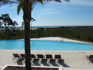 Santa Rosa Beach house photo - Infinity pool with beach area