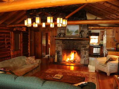 Waterfront Log Home On Quiet Lake In The Vrbo
