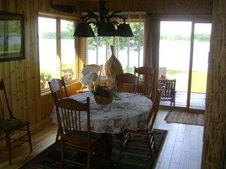 Walker cabin photo - Dinning room