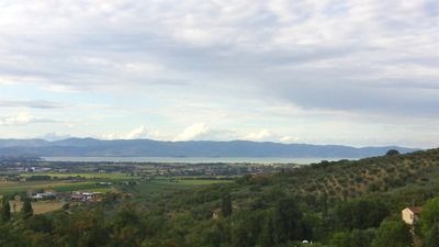 Paciano apartment rental - View of the Lake and the mountains for Tuscana within a short drive