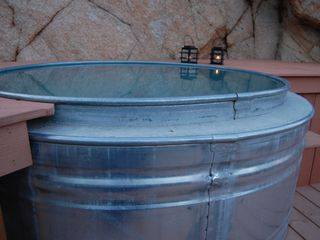 Yucca Valley house photo - The cowboy soak tub can be cold in the summer and hot in the winter.