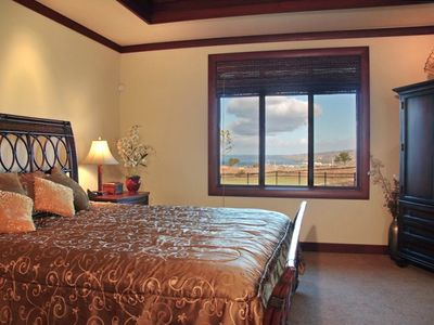 Mauna Kea villa rental - Master Bedroom which includes walk-in closet, huge shower w/outdoor view&access