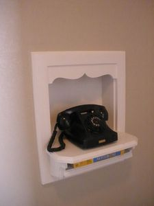 Did you have one of these in your house as a kid? This phone's for looks only!