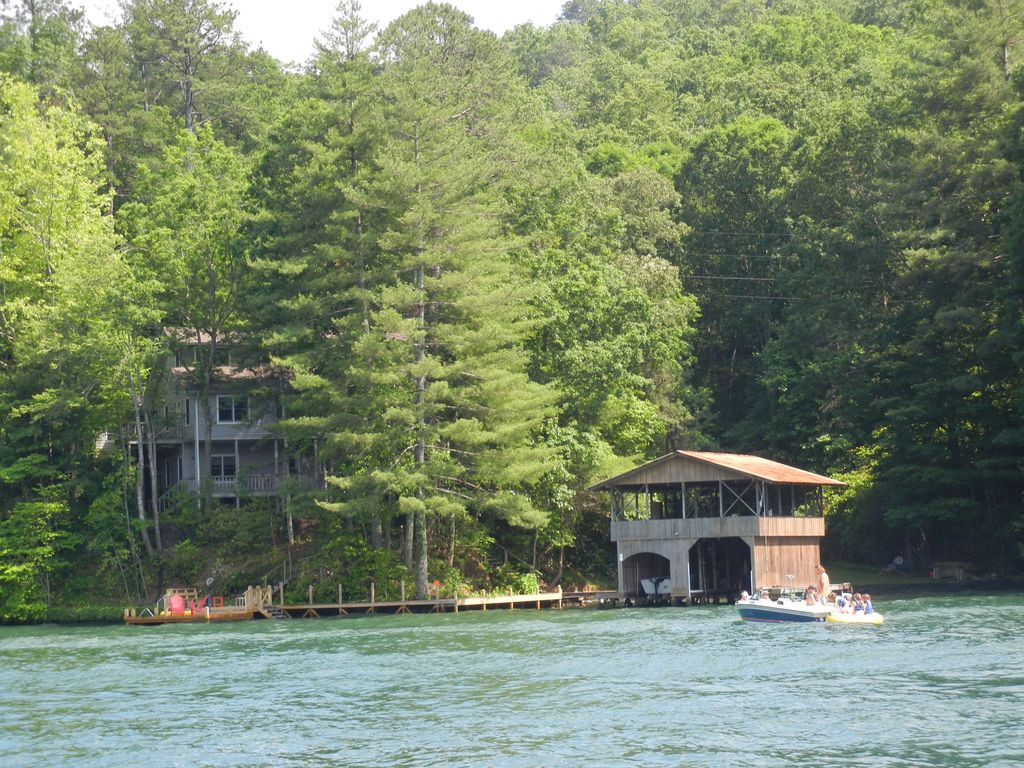 Lake Burton Vacation Rental Vrbo 578748 4 Br Northeast